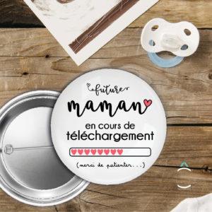 Badge – Future maman en cours de téléchargement