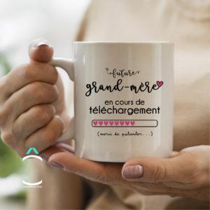 Mug – Future grand-mère en cours de téléchargement